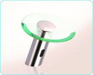Grifo de sensor para lavamanos 2
