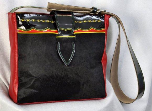 Bolso Carriel rojo y pelo con correa tipo Carriel de 4.5 cms