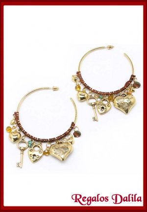 Aros Fashion Jewelry Argollas con Dijes